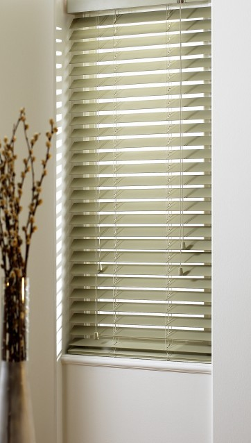 Apple Wood Slat Venetian Blinds