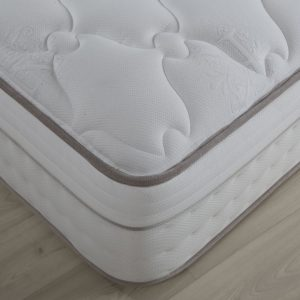 King Koil 4' Spinal Majestic Mattress