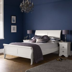 Chantilly White 5' Bed